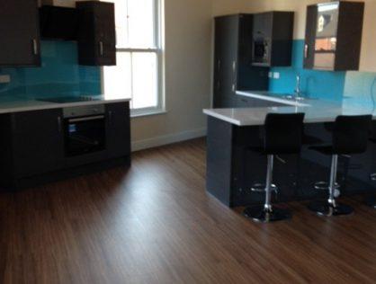 75A Princes Avenue, Large Room